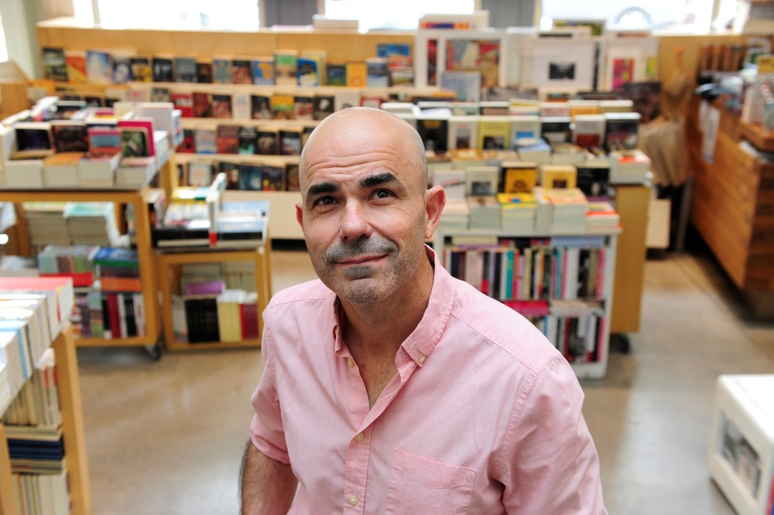 """Eduardo Sacheri: """"El gran desafío de este libro fue apropiarme del personaje"""""""
