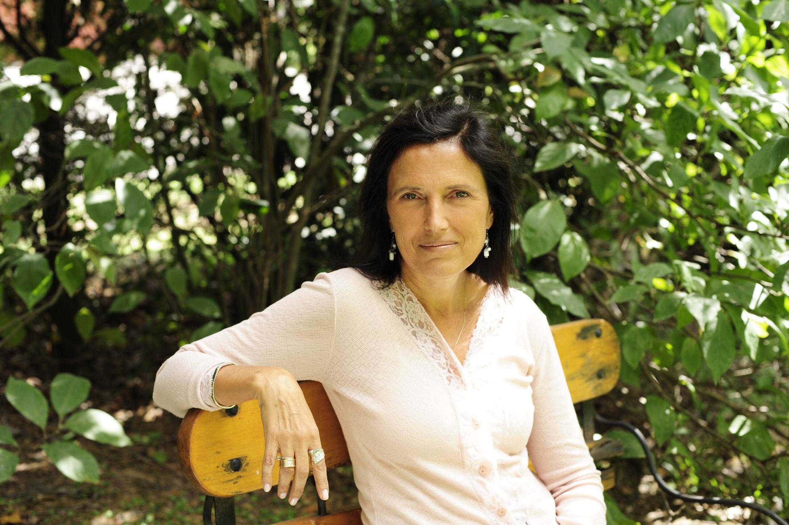 """Claudia Piñeiro: """"Lo mío es una resistencia crítica"""""""