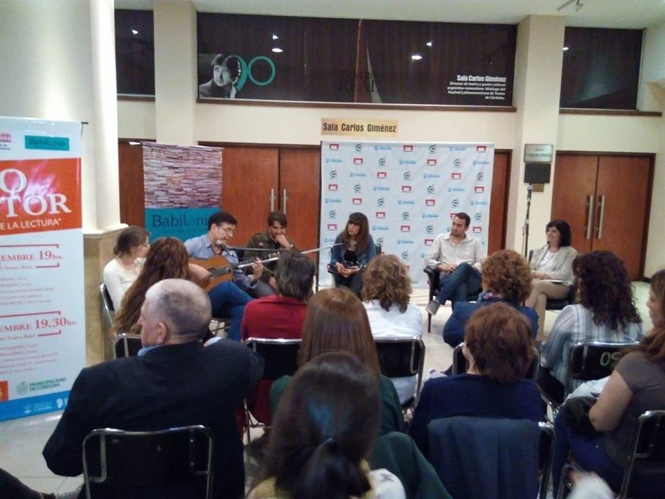 """Ciclo """"Yo, lector"""" en Hall del Teatro Real"""