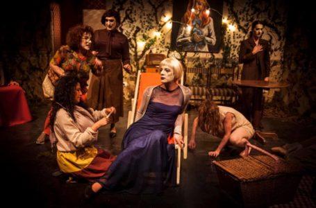 Teatro: Vuelve «La trágica agonía de un pájaro azul»